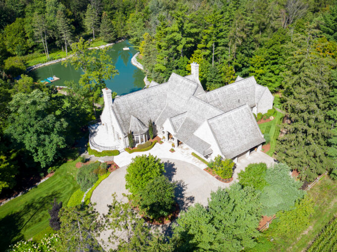 720 Country Squire Rd, Waterloo